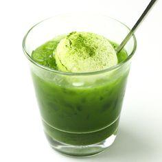 Matcha Float Green Tea Dessert, Matcha Cake, Green Tea Ice Cream, Matcha Smoothie, Green Tea Recipes, Green Tea Powder, Japanese Sweets, Matcha Green Tea, Milkshake