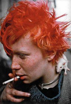 Philip Pocock's best photograph: Miriam the Berlin punk – and her rat Bestia - rike Foto Portrait, Portrait Photography, Levitation Photography, Exposure Photography, Water Photography, Abstract Photography, Fashion Photography, Chicas Punk Rock, Draw Tips