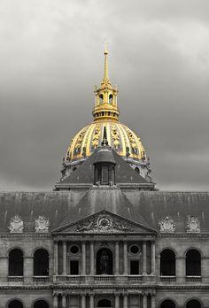 ysvoice:    | ♕ | Hotel des Invalides, Paris | by/via © confinedlight