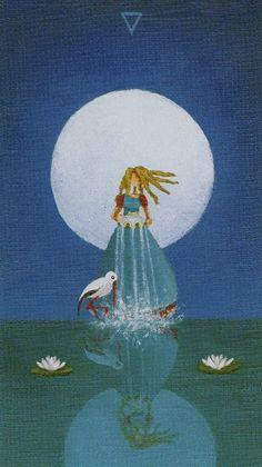 Sun and Moon Tarot - Queen of Cups