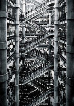 Photograph Simon Stock Lloyds Building Escalator on One Eyeland London Architecture, Amazing Architecture, Interior Architecture, Building Architecture, Interior Design, London Photography, Street Photography, Richard Rogers, Lloyd's Of London