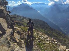 This trail starts at the windmills next to the fortress at Nätschen above Andermatt at 2350m. Göschenen is at 1100m so it's a looong downhill:-)  Welcome to the #bike #riders #lodge and #hostel in #andermatt, #swiss #Alps  www.basecamp-andermatt.com  #roadbike, #passes, #mountain, #biking, #alpine,  #switchback,  #cervelo, #passroads, #gotthard, #furka, #grimsel, #susten, #nufenen, #tremola, #airolo, #disentis, #rhone #mtb, #mountainbike, #freeride, #enduro, #singletrail, #alp