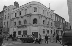 Slattery's of Capel Street, Dublin. The number of Sunday afternoons I've sat in here listening to Irish music while waiting for my 'big' brother to take me home. Photo Engraving, Ireland Homes, Dublin City, Dublin Ireland, Take Me Home, Book Of Life, Old Photos, The Good Place, Past