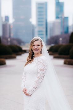 real wedding photo at theater on the lake in chicago illinois bride with hair down veil long sleeve lace oscar de la renta wedding dress Wedding Veils, Wedding Favors, Wedding Dresses, Chicago Illinois, Down Hairstyles, Newlyweds, Getting Married, Real Weddings, Theater
