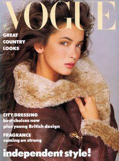 6019f9f4c54f9 VOGUE UK, 1986. Model  Linda Spierings Capas De Revista Da Vogue, Capas