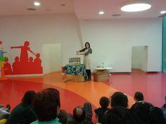 Biblioteca Municipal de Lloret de Mar: Sala Infantil - El racó dels contes  #Bibliolloret