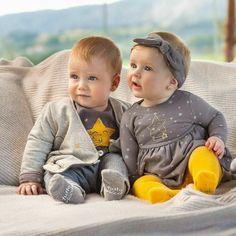 Cute Baby Boy, Twin Baby Girls, Cute Baby Girl Pictures, Boy Girl Twins, Cute Twins, Cute Little Baby, Twin Babies, Baby Kids, Boy Girl Twin Outfits