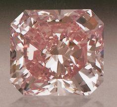 """Agra"" Diamond. 16th century. India, Golconda. Islamic. Cut-cornered, rectangular mixed-cut, fancy intense pink diamond. 28.15 carats."