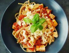 #Recept» #Špagety s uzeným #tofu v rajčatové omáčce