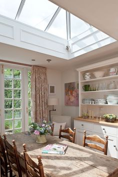 Home Remodel Contractors 55 Lasting French Country Dining Room Furniture & Decor Ideas Remodel Contractors 55 Lasting French Country Dining Room Furniture & Decor Ideas French Country Dining Room, My French Country Home, French Country Decorating, Country Living, French Cottage, Country Life, Country Style, Country Homes, Skylight