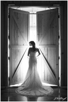 JW Baugh Photography: Amy's Bridals: Amber Springs Montgomery, TX