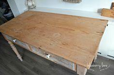 Tafels en stoelen restyled bij blueberry lane Furniture, Home Decor, Homemade Home Decor, Home Furnishings, Decoration Home, Arredamento, Interior Decorating