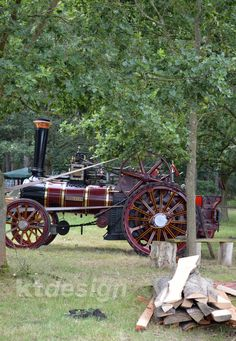 The Burrell engine 'Rosemarie' built in 1930 and the last Burrell wngine to be built in Thetford. See it working in the Wood Sawing area of the Weeting Steam Engine Rally & Country Show. It's great to watch this old engines in action.