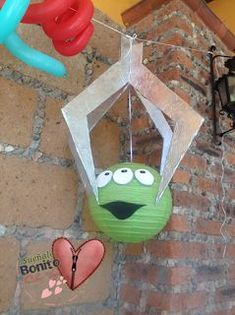 Trendy birthday party ideas toy story buzz lightyear - Toys for years old happy toys Alien Do Toy Story, Fête Toy Story, Toy Story Theme, Toy Story Birthday, Third Birthday, 4th Birthday Parties, Birthday Party Decorations, Toy Story Food, Toy Story Crafts