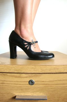 Size 8 1980 Vintage MARY JANES Black Straps High Heels from Pudding - 38 1/2. $52.00, via Etsy.