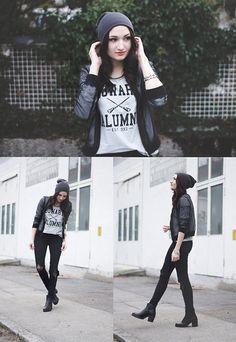 Etsy  Hogwarts Shirt, H&M Pants, H&M Jacket, Vagabond Boots