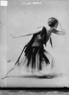 Violet Romer dancer