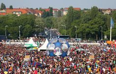 Fans gather outside the stadium prior to the UEFA Champions League Final between Juventus and FC Barcelona at Olympiastadion on June 6, 2015 in Berlin, Germany.