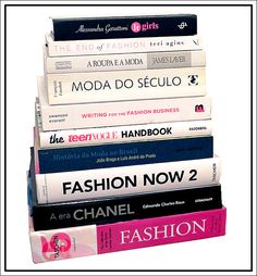 O começo de uma biblioteca de moda | http://alegarattoni.com.br/o-comeco-de-uma-biblioteca-de-moda/