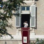 Papa Francisco en el rezo del Ángelus: La oración es la raíz de la paz