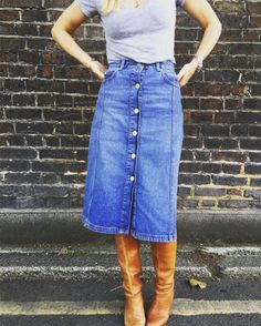 Our editor rocking a Whistles denim midi skirt this morning. It's editor-approved AND featured in Stylist Magazine, which makes it a must-have piece for your autumn wardrobe!