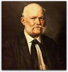 Karl Ernst Papf, auto-retrato antes de 1910  Karl Ernst Papf ou Ernesto Papf (Dresden, Alemanha, 17 de março de 1833 — São Paulo, 16 de março de 1910) foi um fotógrafo, pintor e desenhista saxão que se transferiu para o Brasil em 1867.  Estuda na Academia de Pintura de Dresden, por volta de 1850. Em 1867, é contratado pela firma Albert Henschel & Cia., do fotógrafo alemão Albert Henschel (1827-1882) e imigra para o Brasil, fixando-se no Recife.   Realiza fotopinturas: retratos a óleo