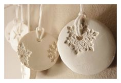 5 snowflake ornaments porcelain winter white & by MINIMALISTMUSS