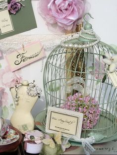 @Danielle Smith  I thought this might be cute decoration for jennas bridal shower