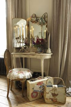 Interior Inspiration: French Boudoir