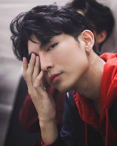 Asian Celebrities, Asian Actors, Attractive Male Actors, Hot Actors, Hottest Actors, Thai Drama, E Type, Drama Movies, Asian Boys