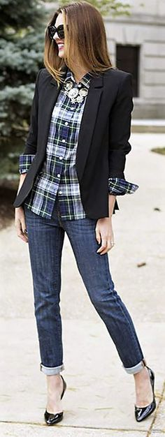 5.Make your flannel less casual by wearing it under a blazer and adding a statement necklace.