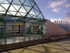 Entrada principal da nova estação de Pinhal Novo. Opera House, Portugal, Nova, World, Building, Travel, Princesses, Main Entrance, Viajes