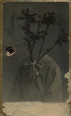 "somnambulistart:    Mina :::  digital collage from my series ""Appropriated Portraits""  birgit zartl © 2010"