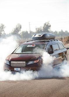 Honda Odyssey - Bisimoto Power Van (w/video) Honda Van, 2014 Honda Odyssey, Cool Vans, Custom Vans, Modified Cars, Dream Garage, Dream Cars, Vehicles, Minivan