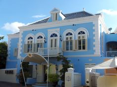 Curacao Landhuis - Album on Imgur Beautiful Places In The World, Most Beautiful, Caribbean Homes, Party Pictures, Houses, Album, Island, Mansions, House Styles