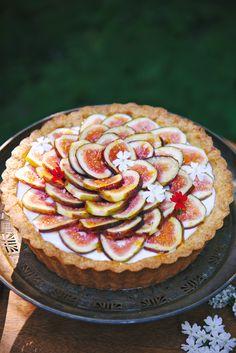 Fig, Rosemary, and Lemon Tart | La Pêche Fraîche