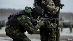 Forces Spéciales Russes - spetsnaz Military Police, Military Art, Spetsnaz Gru, Army & Navy, Airsoft Guns, Navy Seals, Special Forces, Tactical Gear, Survival Gear