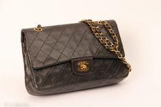 Beau sac Chanel Timeless des années 1990