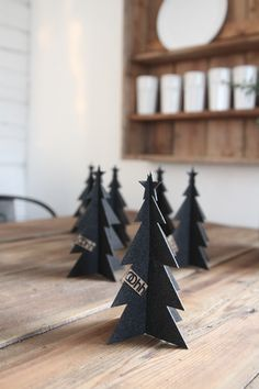 Black Xmas tree #DIY