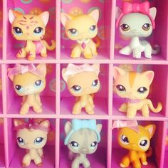 Cute Cats with Bows! Lps For Sale Cheap, Pets For Sale, Lps Toys For Sale, Little Pet Shop, Little Pets, Lps Shorthair, Lps Sets, Lps Accessories, Dogs