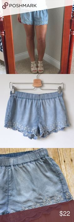 Mossimo Floral Lace Scalloped Denim Shorts Like New! Never worn, washed once. Super adorable & comfy Denim shorts by Mossimo Supply Co. Features a scalloped hem with cute floral lace details & an elastic waist. The elastic waist makes them extra comfy! Very soft material. Mossimo Supply Co. Shorts Jean Shorts