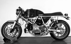 RocketGarage Cafe Racer: Ducati Cafe Racer
