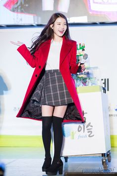 IU's over-knee socks and tartan skirt add a little bit of edge to her usual fashion, a must for the more daring of us! Stage Outfits, Kpop Outfits, Korean Outfits, Fall Outfits, Cute Outfits, Korean Girl Fashion, Kpop Fashion, Asian Fashion, Fashion Outfits