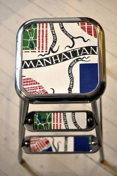 AWAB pall Renovering Svenskt Tenn Manhattan http://www.loveandrespect.se/det-har-med-att-renovera-en-awab-pall/