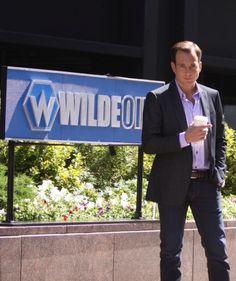 Keri Russell and Will Arnett on the set of Running Wilde