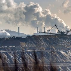 """'A one-off in human history': Stern's warning on climate change battle """"Europe has to step up its effort to combat climate change and wake up to the urgency of the situation the climate change expert Lord Stern has said before crunch UN talks in #Paris later this month."""" 