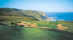 Pezula Championship Golf Course is located in the Western Cape of South Africa in the picturesque town of Knysna
