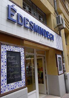 Édesmindegy cuki a Pozsonyin Hungary, Budapest, Broadway Shows