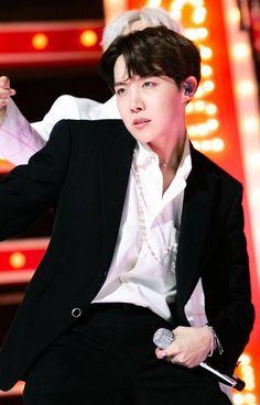 """- Kim Seokjin & Kim Taehyung *BTS Seokjin/Taehyung x Reader Polyamory AU* ©️smoljagiya Gwangju, Jimin, Bts Bangtan Boy, Seokjin, Kim Namjoon, Jung Hoseok, Seungri, Boy Scouts, Lee Min Ho"