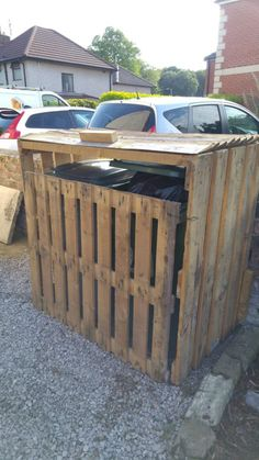 Pallet Garbage Bin Storage Shed Sheds, Cabins & Playhouses